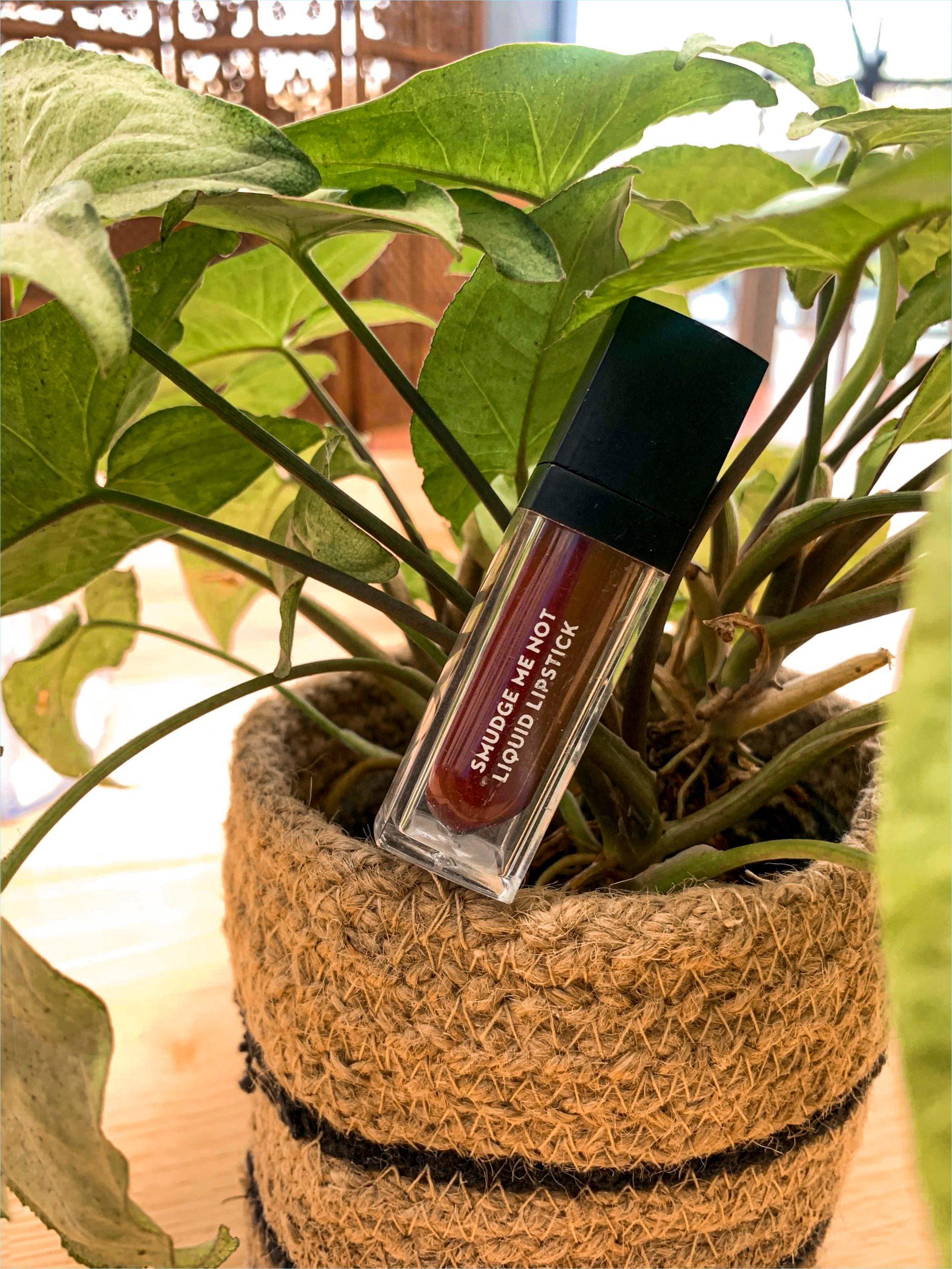 SUGAR Smudge Me Not Liquid Lipstick review3