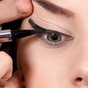 Uneven eyeliner