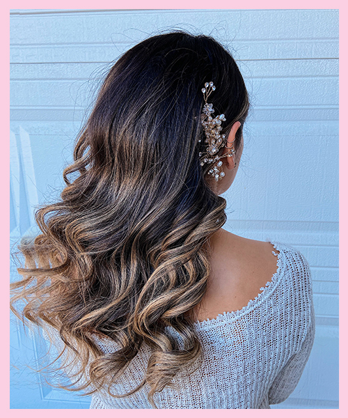 Beach-Waves Bridal Hairstyle for Indian Brides