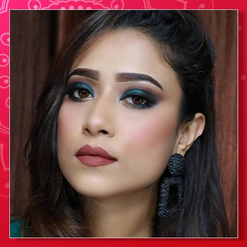 9 Amazing Navratri Eye Makeup Looks 6-6